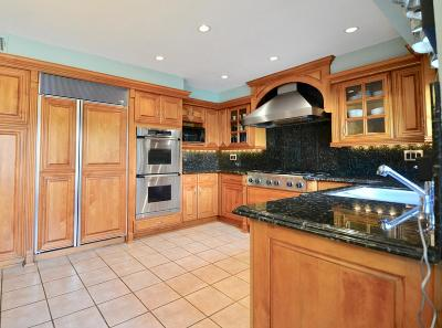Thousand Oaks Single Family Home For Sale: 67 Los Padres Drive