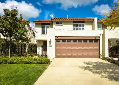 Thousand Oaks Condo/Townhouse For Sale: 617 Racquet Club Lane