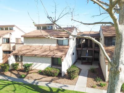Oxnard Condo/Townhouse For Sale: 5218 Longfellow Way