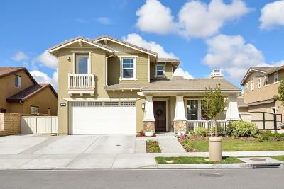 Camarillo Single Family Home For Sale: 517 Park Cottage Place