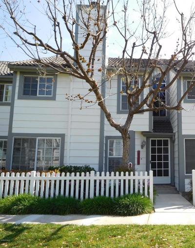 Simi Valley Condo/Townhouse For Sale: 390 Jeremiah Drive #C