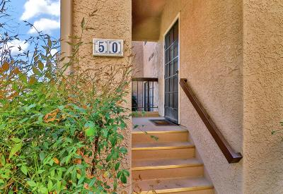 Simi Valley Condo/Townhouse Active Under Contract: 2352 Archwood Lane #50