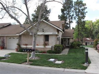 Camarillo Condo/Townhouse For Sale: 17155 Village 17