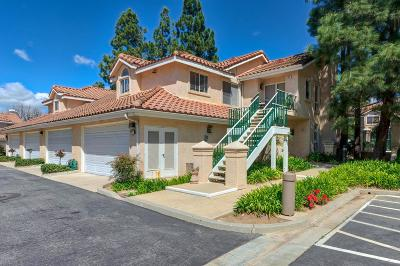 Simi Valley Condo/Townhouse For Sale: 272 Augustine Way #A