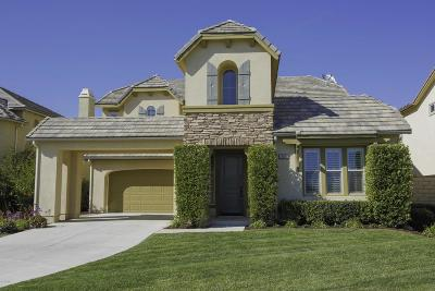 Moorpark Single Family Home Active Under Contract: 14007 Bear Fence Court