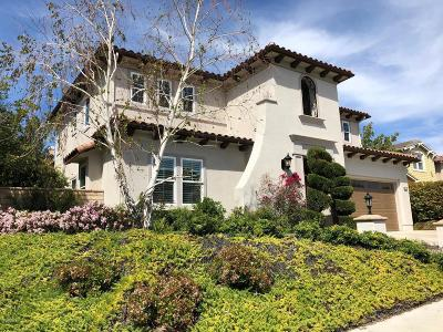 Simi Valley Single Family Home For Sale: 1715 Creston Court