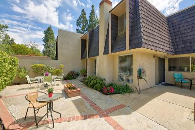 Thousand Oaks Condo/Townhouse For Sale: 2988 Dogwood Circle