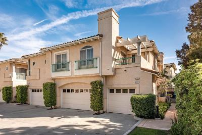 Moorpark Condo/Townhouse For Sale: 4130 Brookcrest Court #74