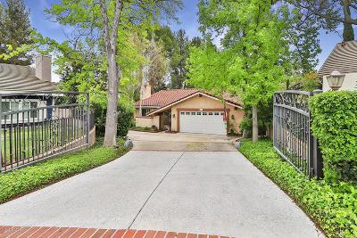 Thousand Oaks Single Family Home For Sale: 1990 Morning View Court