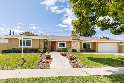 Thousand Oaks Single Family Home For Sale: 68 East Gainsborough Road
