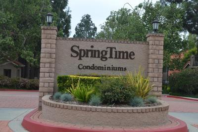 Simi Valley Condo/Townhouse Active Under Contract: 2395 Archwood Lane #201