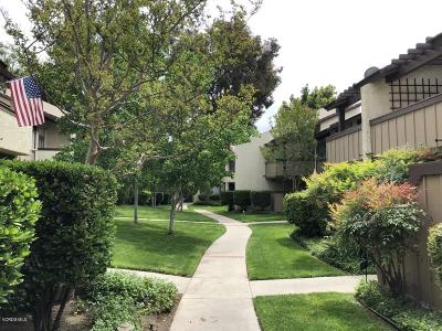 Thousand Oaks Condo/Townhouse For Sale: 1346 East Hillcrest Drive #46