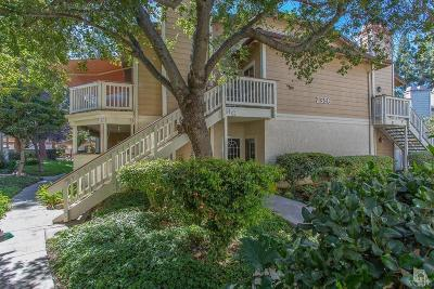 Thousand Oaks Condo/Townhouse For Sale: 2396 Pleasant Way #H
