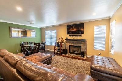 Westlake Village Condo/Townhouse For Sale: 3333 Holly Grove Street