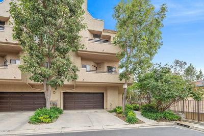 Thousand Oaks Condo/Townhouse Active Under Contract: 71 McAfee Court