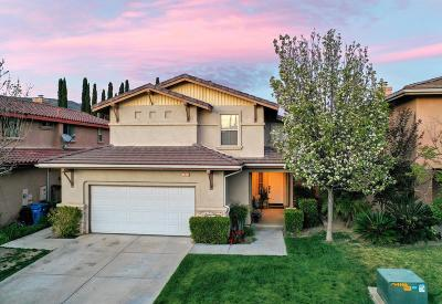 Simi Valley Single Family Home For Sale: 1526 River Wood Court