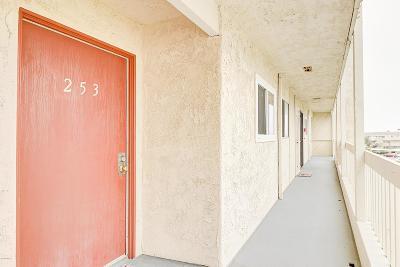 Ventura County Condo/Townhouse For Sale: 259 South Ventura Road #253