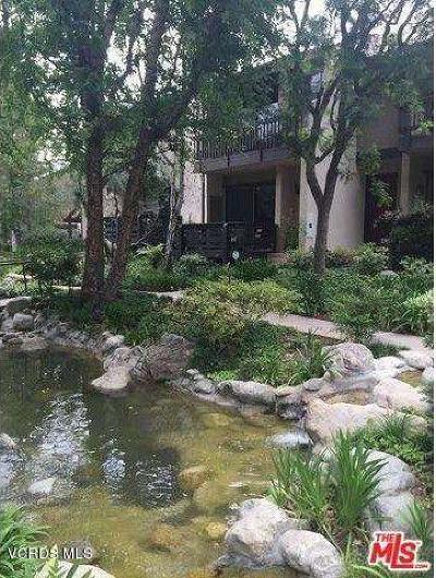 Woodland Hills Condo/Townhouse Active Under Contract: 21901 Burbank Boulevard #217