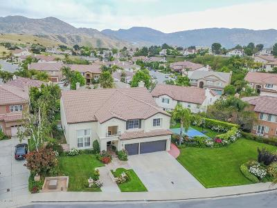 Simi Valley Single Family Home For Sale: 3342 Wolf Creek Court