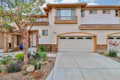 Simi Valley Condo/Townhouse For Sale: 1726 Watercrest Way