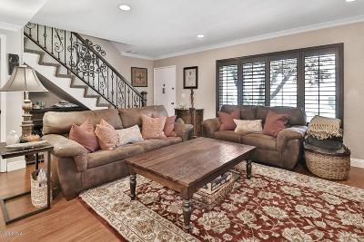 Thousand Oaks Condo/Townhouse Active Under Contract: 294 Green Moor Place