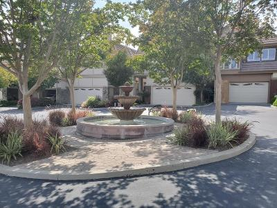 Westlake Village Condo/Townhouse For Sale: 32144 Canyon Crest Court