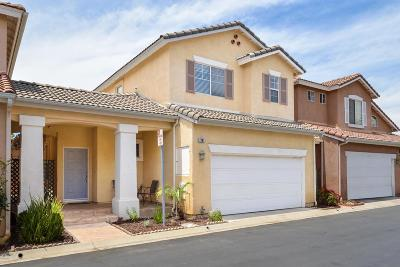 Simi Valley Condo/Townhouse For Sale: 1761 Sunbeam Lane