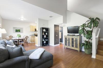 Thousand Oaks Condo/Townhouse Active Under Contract: 110 Maegan Place #9