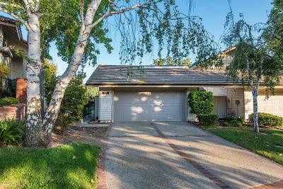 Westlake Village Condo/Townhouse For Sale: 4204 Par 5 Drive