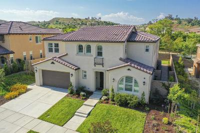 Moorpark Single Family Home Active Under Contract: 13129 Canyon Wren Court
