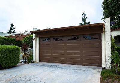 Thousand Oaks Condo/Townhouse For Sale: 985 Woodlawn Drive