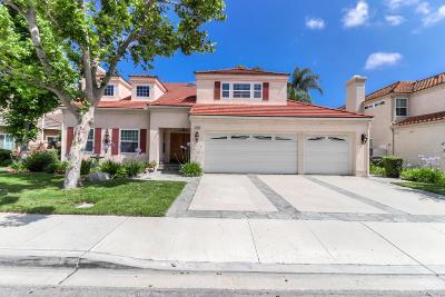 Moorpark Single Family Home Active Under Contract: 12465 Arbor Hill Street