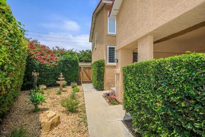 Moorpark Condo/Townhouse Active Under Contract: 11813 Nightingale Street