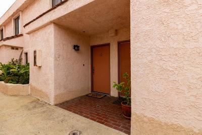 Chatsworth CA Condo/Townhouse Active Under Contract: $375,000