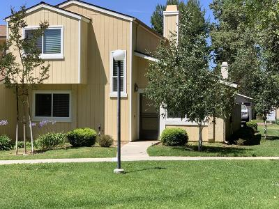 Moorpark Condo/Townhouse Active Under Contract: 14886 Reedley Street #A
