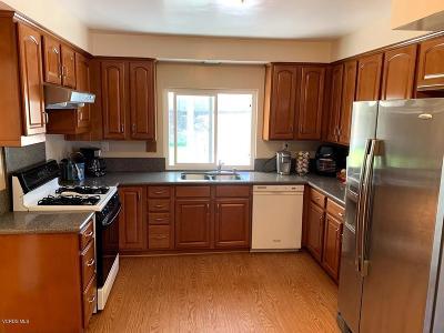 Thousand Oaks Single Family Home For Sale: 40 Westbury Street