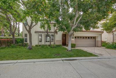Moorpark Condo/Townhouse For Sale: 11821 Sortino Court