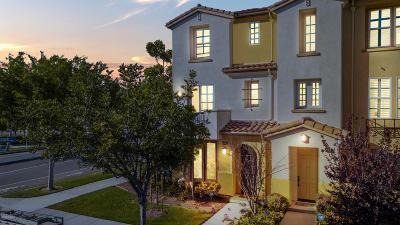 Oxnard Condo/Townhouse For Sale: 391 Colorado River Place