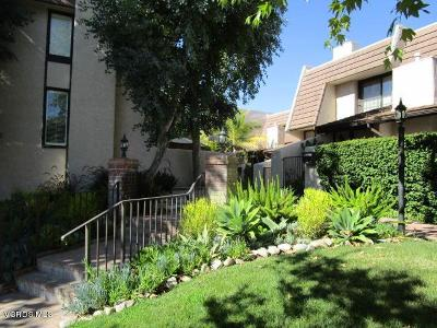 Woodland Hills Condo/Townhouse For Sale: 6266 Nita Avenue