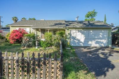 Panorama City Single Family Home Active Under Contract: 8628 Wakefield Avenue