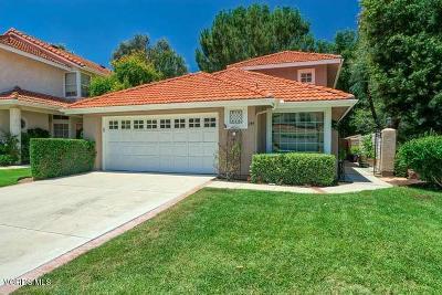 Oak Park Single Family Home For Sale: 199 Saint Thomas Drive
