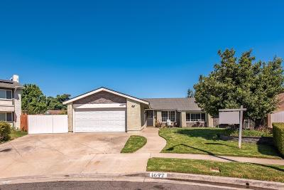 Simi Valley Single Family Home For Sale: 1697 Rocky River Court