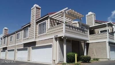 Castaic Condo/Townhouse Active Under Contract: 31355 The Old Road #F