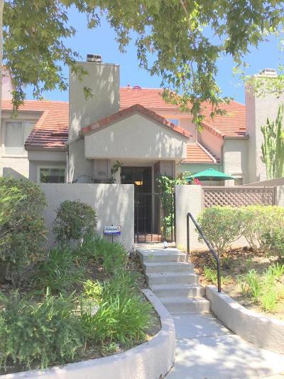 Westlake Village Condo/Townhouse For Sale: 804 Via Colinas