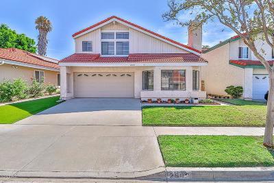 Simi Valley Single Family Home For Sale: 2502 Glenhurst Court