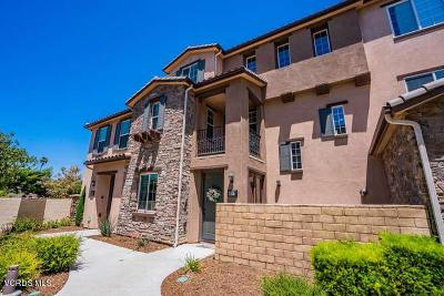 Simi Valley Condo/Townhouse For Sale: 425 Stratus Lane #2