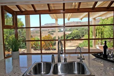 Thousand Oaks Single Family Home For Sale: 2861 Velarde Drive