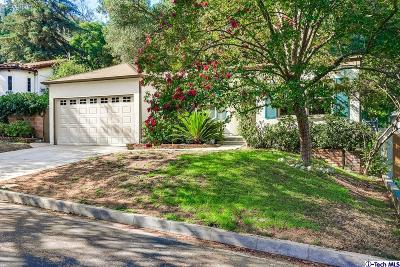 Glendale Single Family Home For Sale: 2470 Bywood Drive
