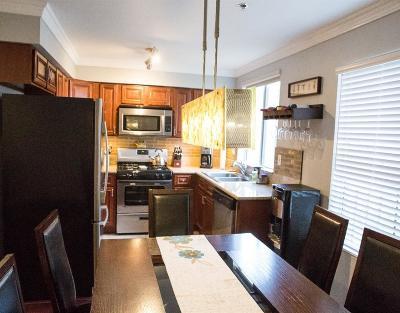 Condo/Townhouse Sold: 10290 Tujunga Canyon Boulevard #204