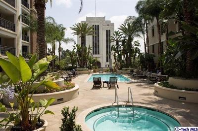 Glendale Condo/Townhouse For Sale: 262 Caruso Avenue